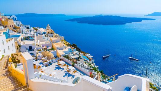 Sailing-Greece-Santorini-Greek-Sun