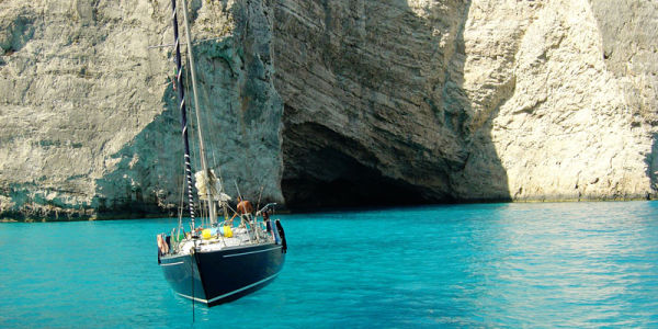 Sailing-in-Zakinthos