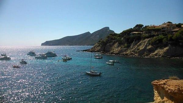 Sant Elm, punto clave de una buena ruta para navegar por Mallorca
