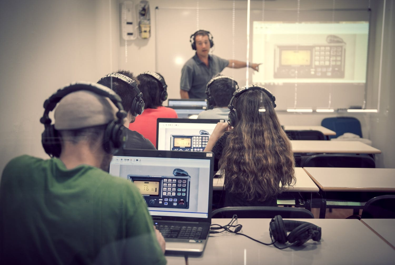 practicas de radio operador