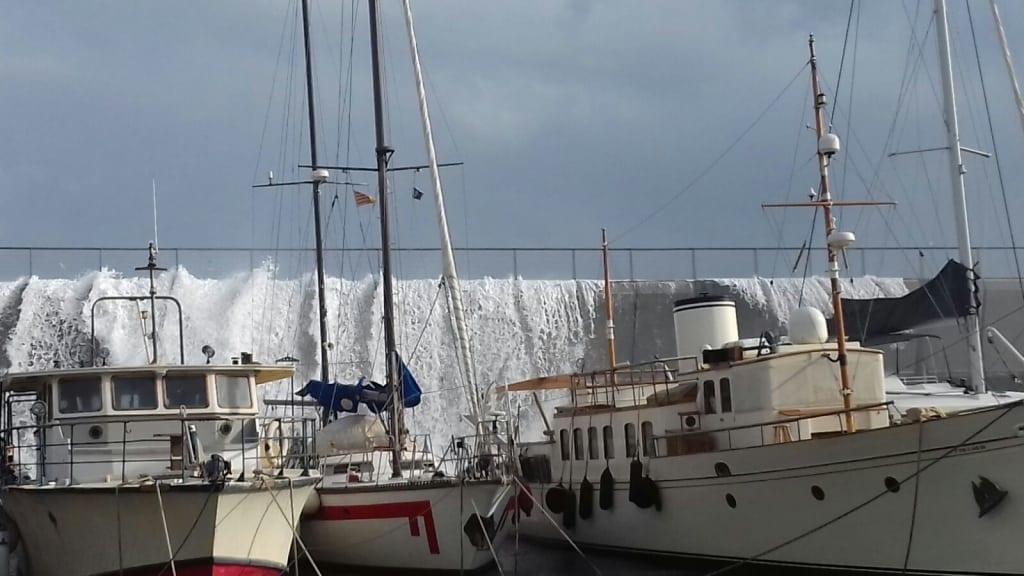 mal tiempo en Marina Badalona