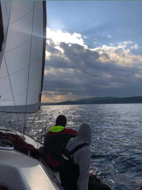 navegando por la costa brava