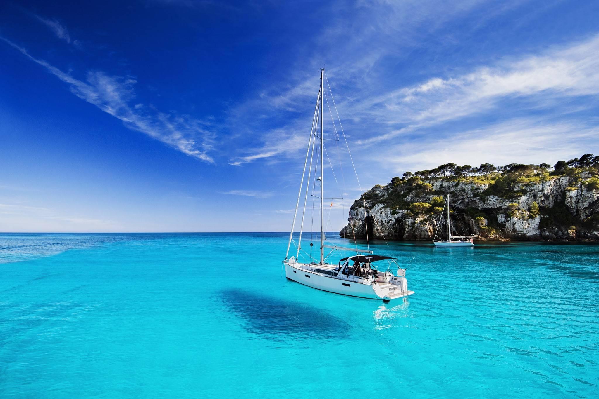 Conocer Menorca en velero