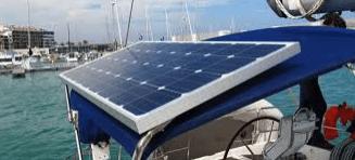placa solar en un velero