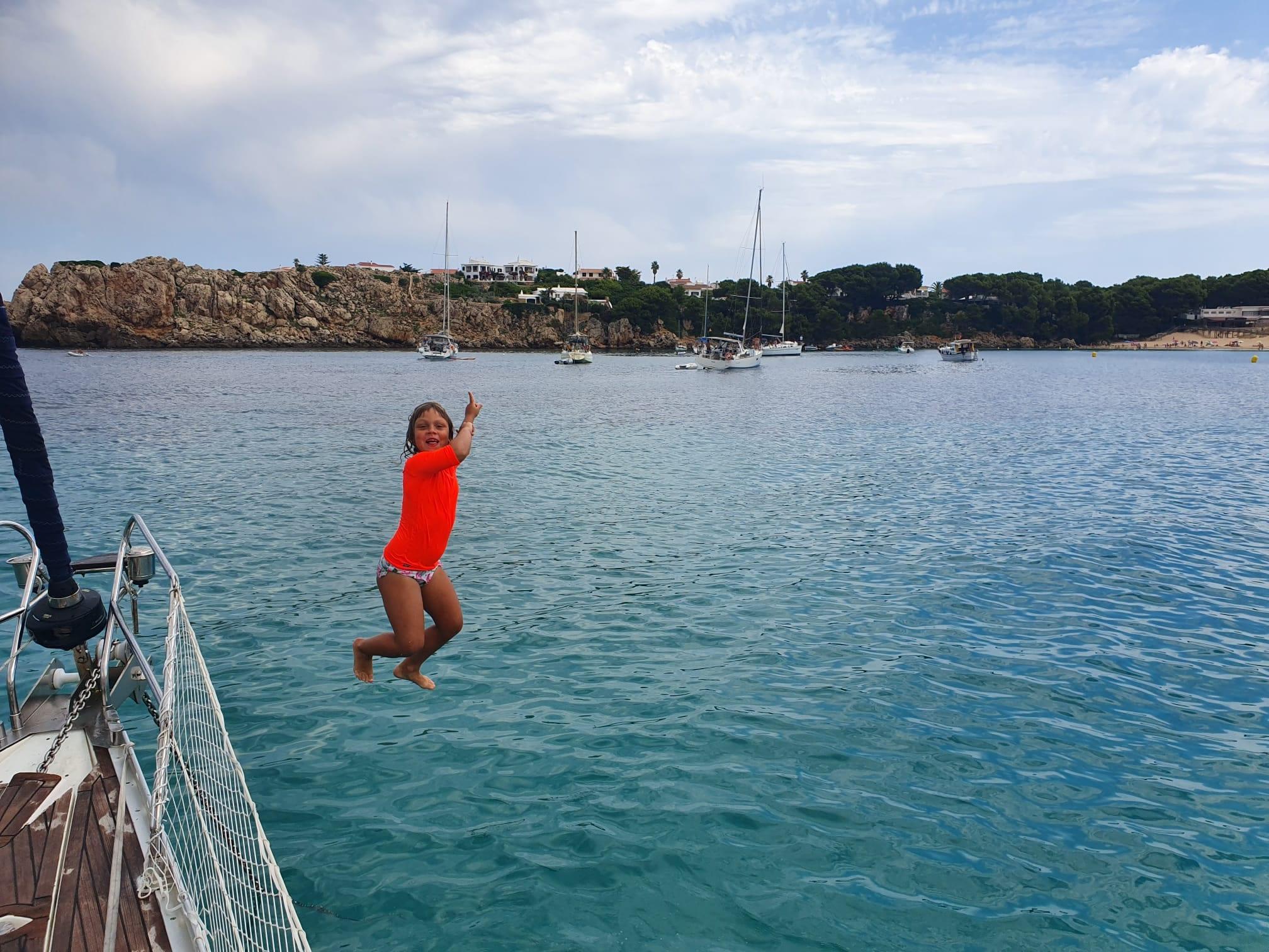 saltar de un velero